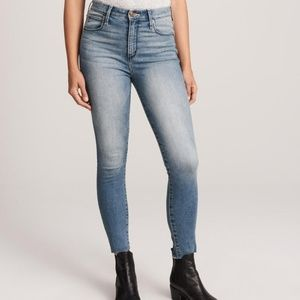 HIGH RISE SUPER SKINNY ANKLE JEAN